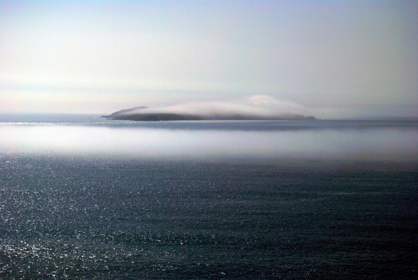 Picture of Skokholm  Island in mist.